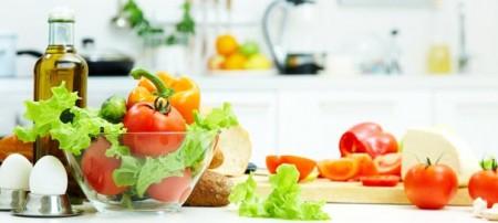 Продукты, которые необходимо принимать в пищу при онкологии головного мозга: